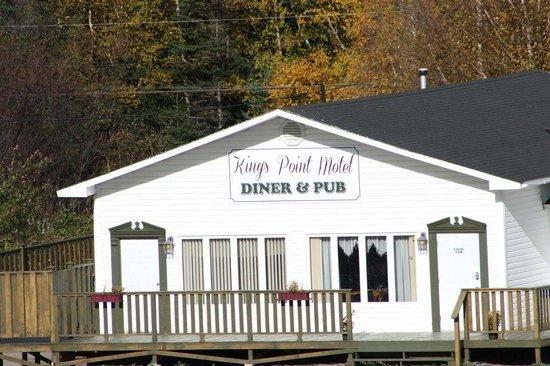 King's Point Motel, Diner & Pub