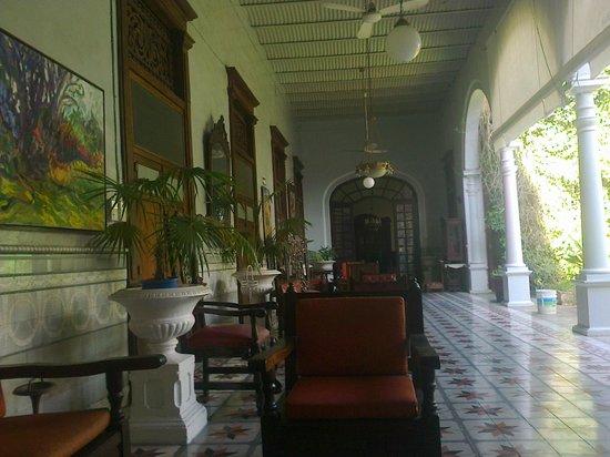 Hotel Posada Toledo & Galeria: pasillo