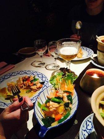 Chang Thong Thai: Poulet and Cashews