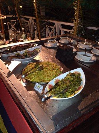 Mont Choisy Coral Azur Beach Resort : Cena mauriziana molto molto buona!!!!