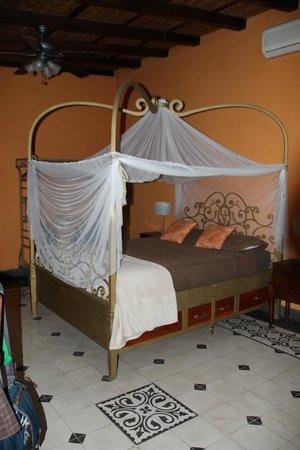 Casa Cubana : Saffron Suite
