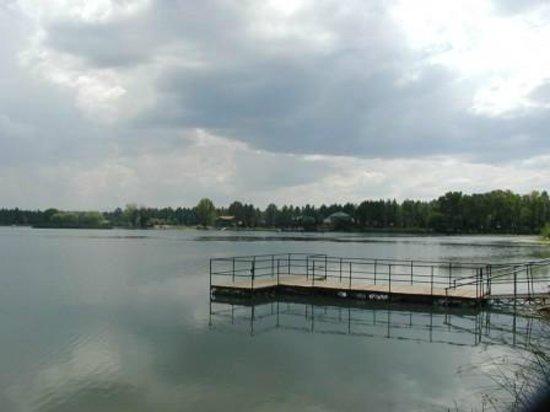 Lazy Oaks Resort: Fishing Dock