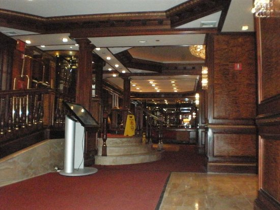 Excelsior Hotel: Reception