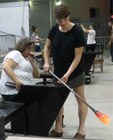 Hollywood Hot Glass: Brenna helping Donna blow her glass
