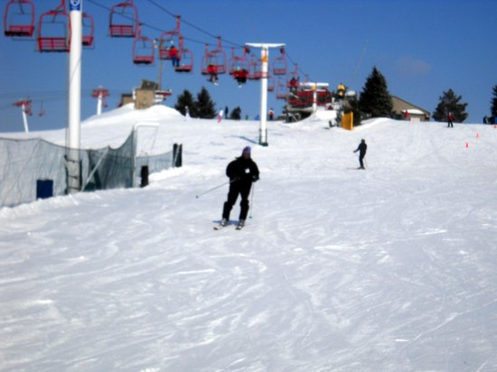 Sundown Mountain: This is one of the beginner hills with its ski lift- not intimidating at all!
