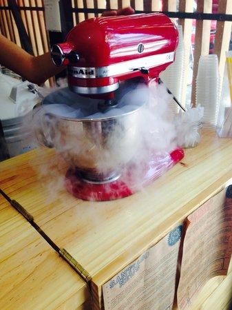 Heladería Equilibrio: Preparación de los helados