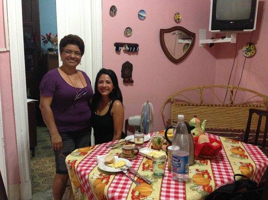 Casa Maritza de la Osa: Breakfast time at Maritza's