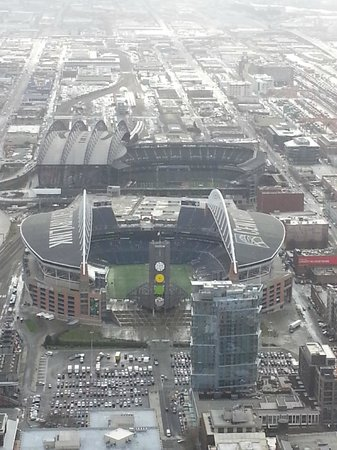 Silver Cloud Hotel - Seattle Stadium: View of Centrylink-Seahawks & Safeco Field-Mariners & hotel is red brick on right in between.