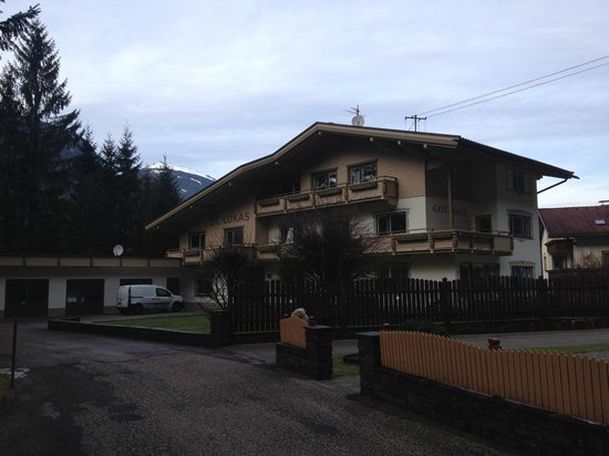Chalet St Lukas: chalet
