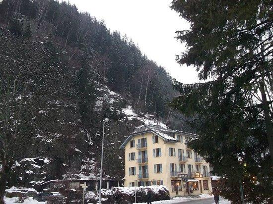 Lacs Hotel: The hotel