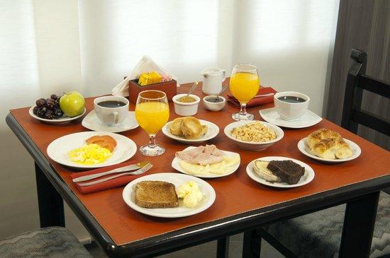 Hotel Bahia Redonda: Desayuno