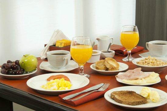Hotel Bahia Redonda: Desayunador