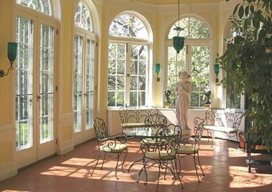 Bartow-Pell Mansion Museum: The Orangery