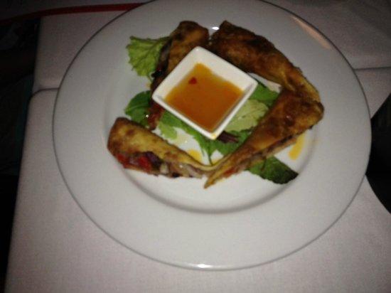 Virgin Fire Bar & Grill: Crispy Spring Rolls