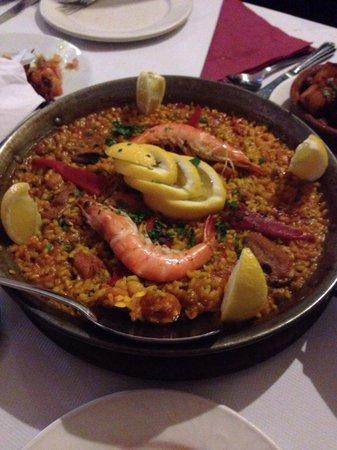 El Rincon de Rafa: Mixed paella