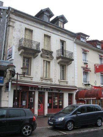 Bar le Grattoir : frome the street