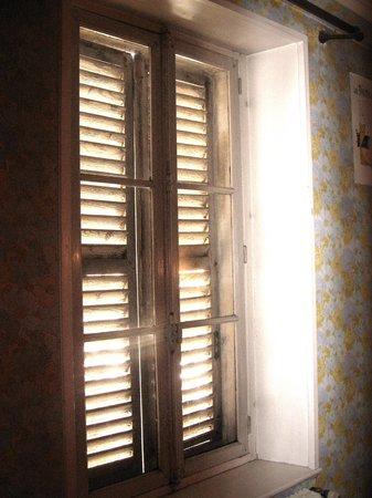 Bar le Grattoir : Our bedroom window