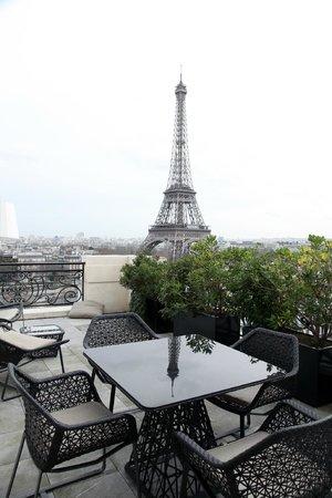 Shangri-La Hotel Paris : Vue de la terrasse