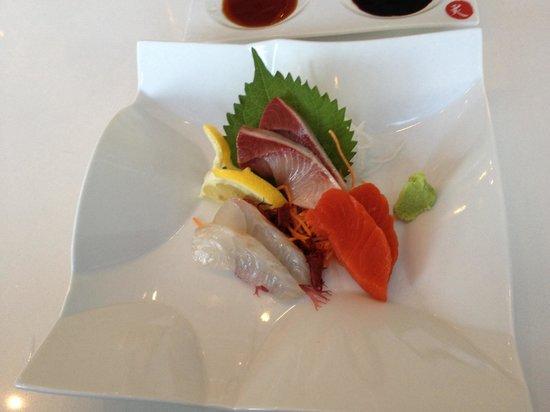 Miku : Omakase sashimi