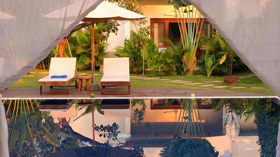 """Navutu Dreams Resort & Wellness Retreat: Late afternoon by the """"lap"""" pool"""