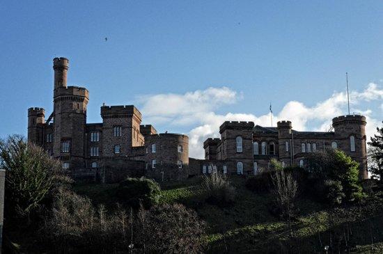 Premier Inn Inverness Centre (River Ness) Hotel: Castle
