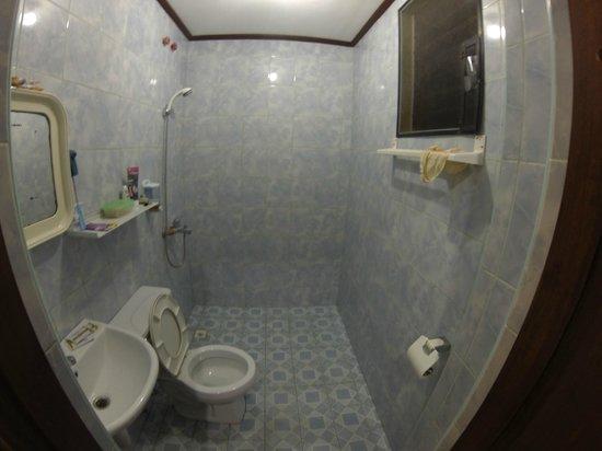 Cherrys @ Home Too Inland Resort: Bathroom