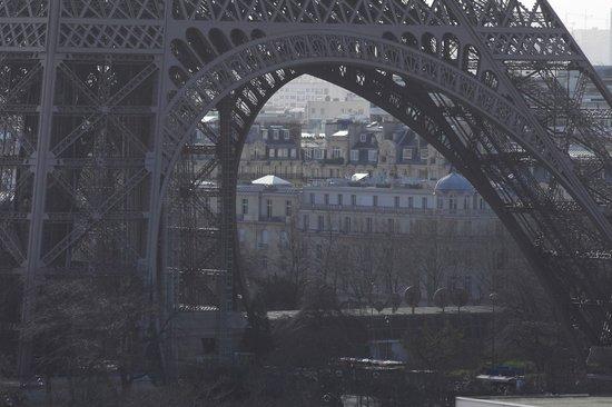 Shangri-La Hotel Paris: Vue de la suite