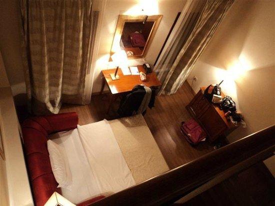 Venice Resort : divano letto visto dal soppalco