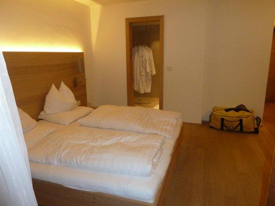 Hotel Schwarzer Adler: Walde standard room