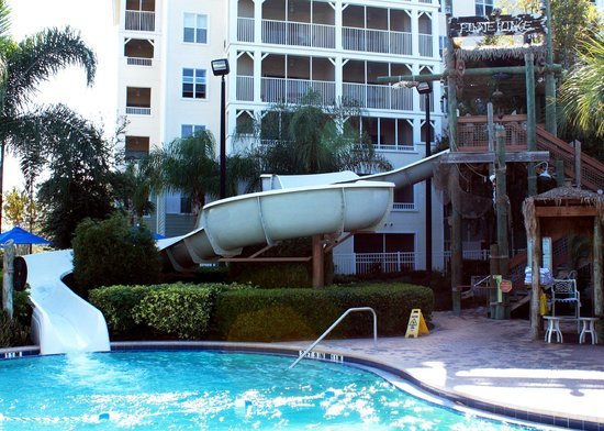 Marriott's Harbour Lake : water slide in pool across the street from pirate ship