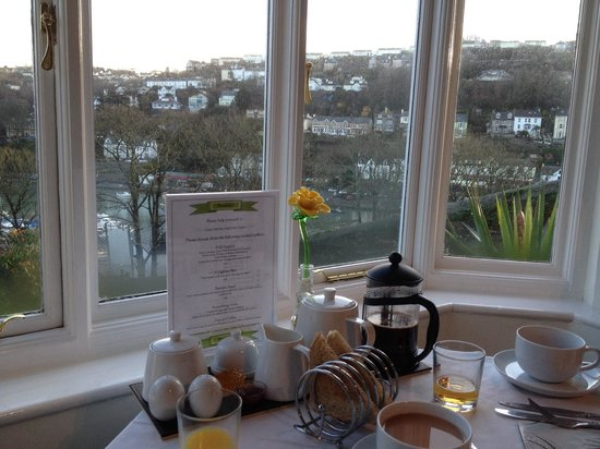 Schooner Point Bed & Breakfast: View from the dining room