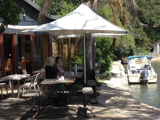 Brooklyn, Australia: Dangar Island Cafe with views to die for