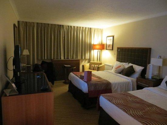 Swansea Marriott Hotel: Twin Room last room top floor