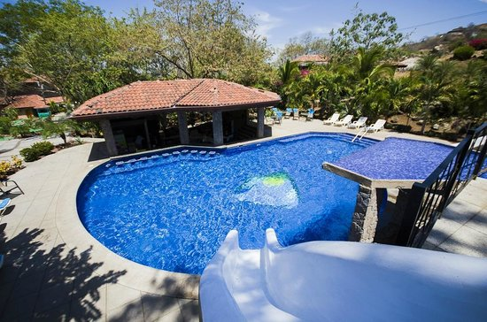 Hermosa Heights Villas: Piscina