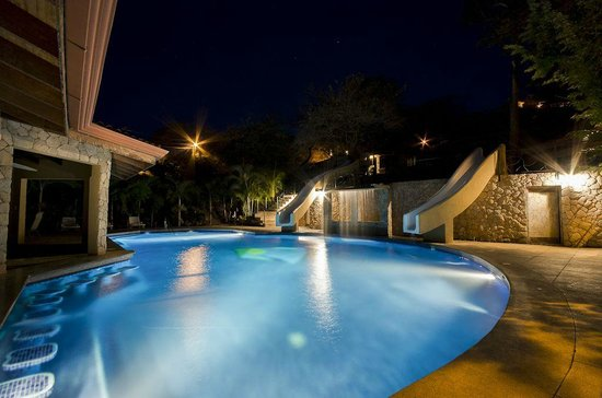 Hermosa Heights Villas: Main Pool