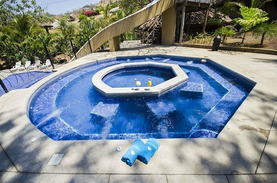 Hermosa Heights Villas: Jacuzzi