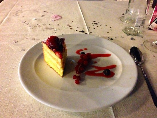 Maximilians Restaurant Pizza&Pasta-Boulevard El Faro: Dessert Torta