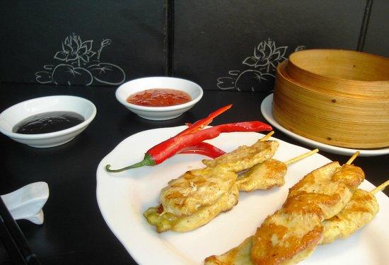 Mo Lin: Satay Chicken