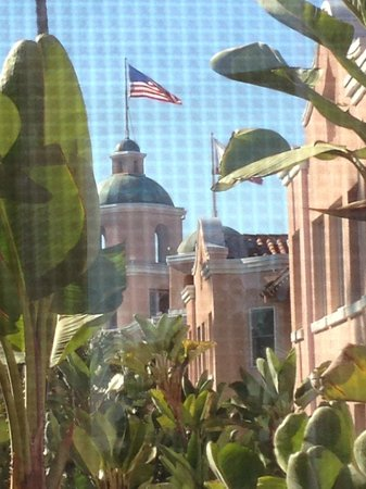 The Beverly Hills Hotel: Photo from our window