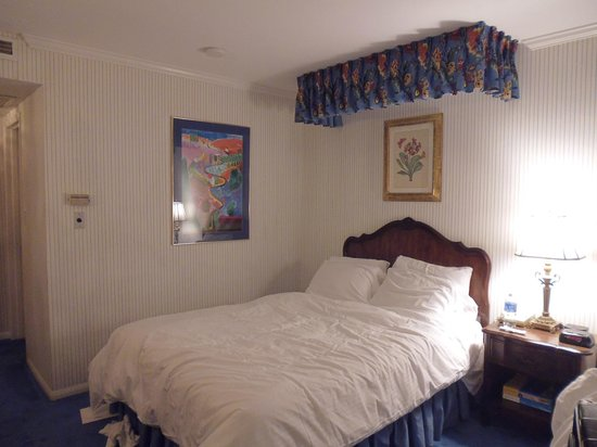 Town and Country San Diego : Twin bed room