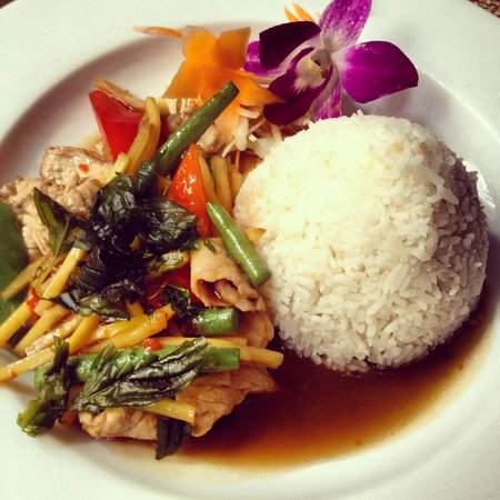 Chang Thai Bar and Restaurant : Pad Prig Moo from the lunch menu- delicious and fresh tasting.