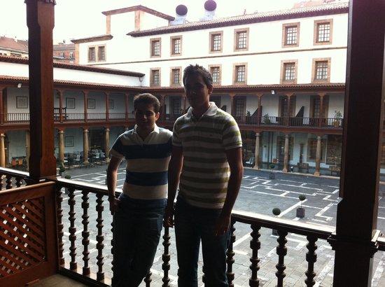 Eurostars Hotel de la Reconquista: terraza