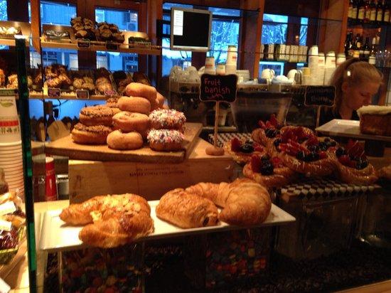 Portobello Market & Fresh Bakery: Pastries