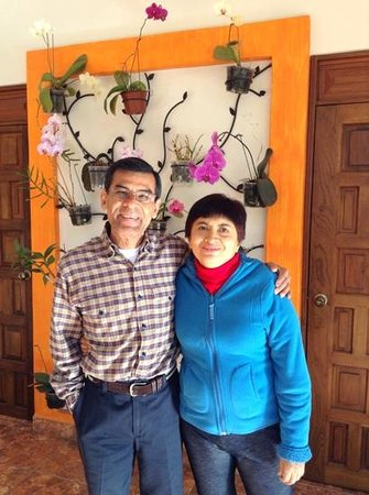 Casa Los Arquitos B&B: Our wonderful hosts - Juan and Dra. Patricia