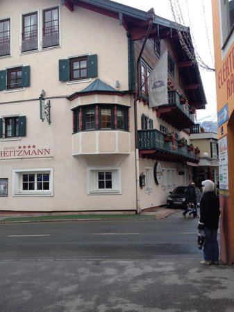 Hotel Heitzmann: Our balcony from the road