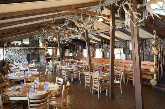 Denali Park Salmon Bake : The antler room is a coveted spot for big groups to settle in for a bite between tours.