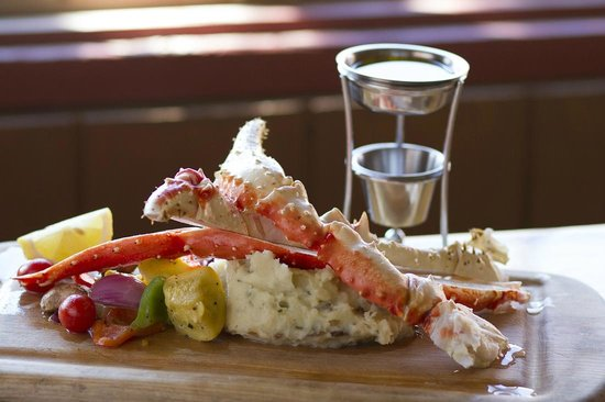 Denali Park Salmon Bake : You can't leave Alaska without trying real Alaskan King Crab!