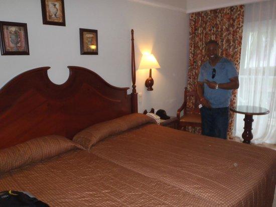 Hotel Riu Montego Bay: room