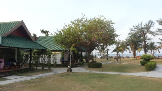 Golden Bay Cottages: overview