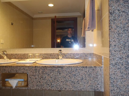 Hotel Riu Montego Bay: bathroom